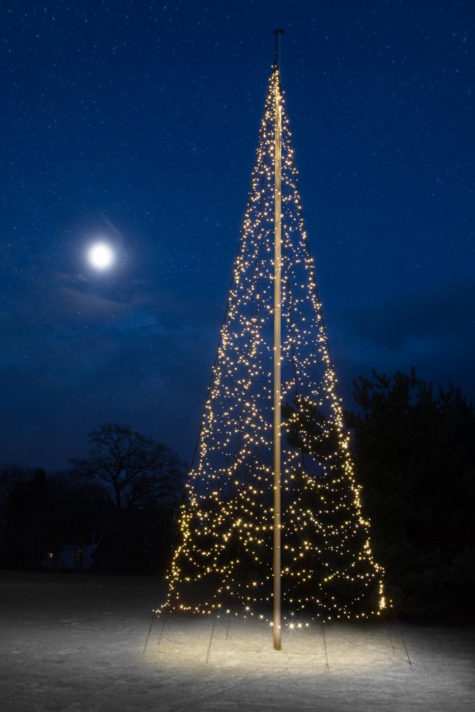 Fairybell 2000 LED kerstboom voor in een 10-12 meter vlaggenmast